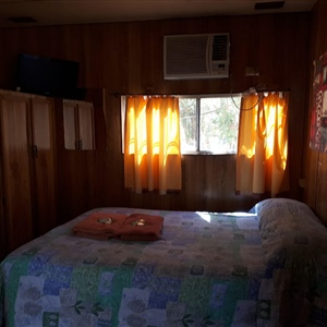 Cabin Budget Non Ensuite Double Bed Cabins